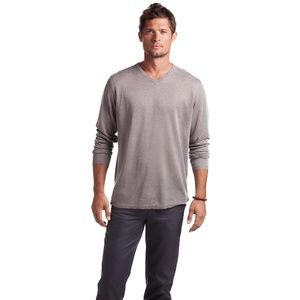 $165 Island Company Long Sleeve Knit Linen V-Neck